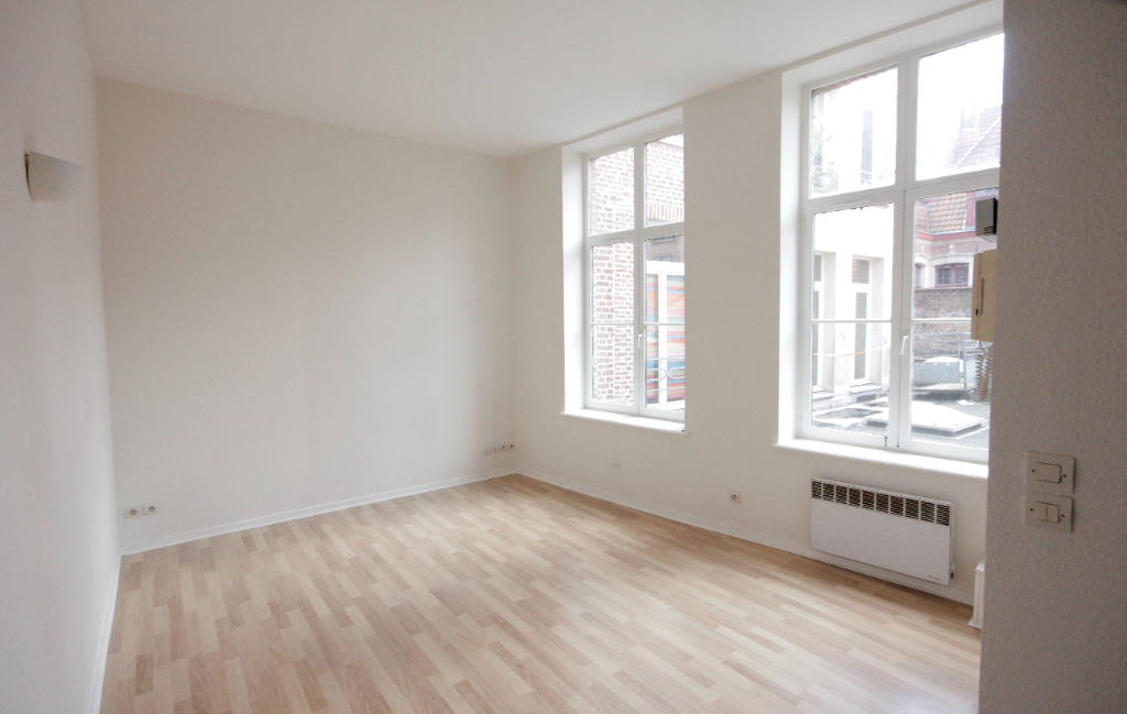 T2 Duplex de 40 m², Place Louise de Bettignies, LILLE