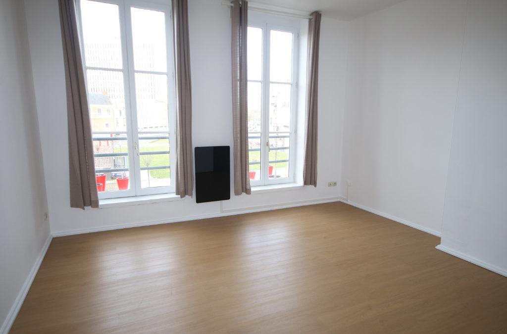 T2 de 32 m² , Place Louise de Bettignies, Vieux Lille
