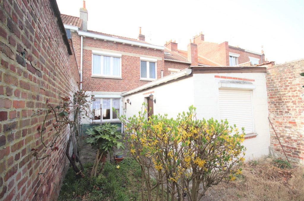 A VENDRE – MAISON – 3 chambres / Garage et Jardin – HELLEMES/LILLE