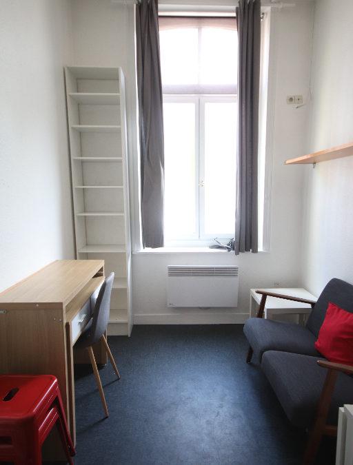 Studio MEUBLÉ de 18.04 m², rue Nicolas Leblanc, Place Philippe Lebon