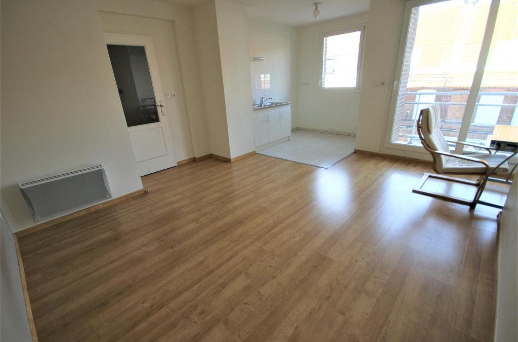 A VENDRE – T2 en résidence avec place de parking – SAINT ANDRÉ LEZ LILLE Centre