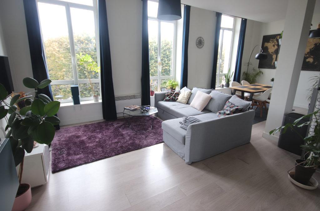 T3 bis de 80 m², Place de la République – Palais des Beaux Arts